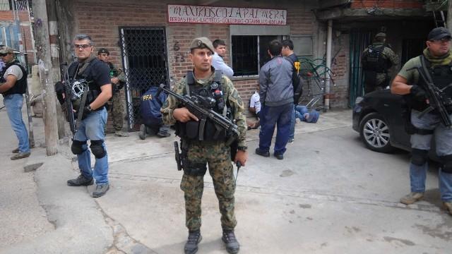 Resultado de imagen para argentina militares guerra al narcotráfico