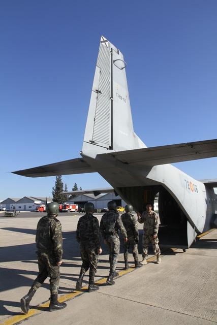 """C212 """"Aviocar"""" El incombustible transporte del Ejército del Aire ... 7089a7e296a"""