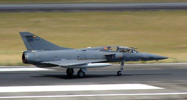 Sin embargo la F...F 16 Colombie