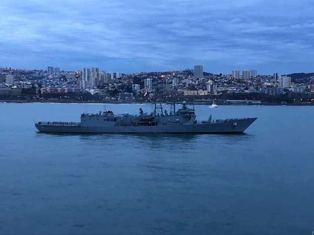 """Llegan a Valparaíso las Fragatas """"Prat"""" y """"Latorre"""" de la Armada ..."""