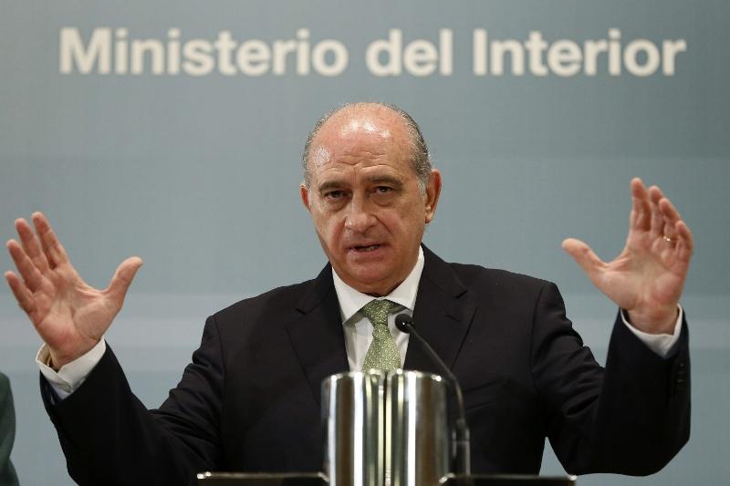 Espa a reclama el registro europeo de pasajeros a reos y for Agenda ministro del interior
