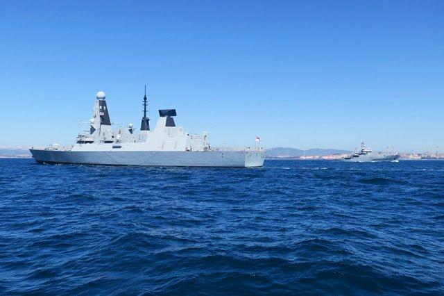 Overbooking de navíos de la Real Marina británica en Gibraltar-noticia defensa.com - Noticias Defensa defensa.com OTAN y Europa