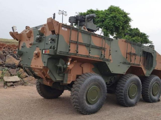 Se hunde un blindado Guaraní durante un ejercicio en Brasil-noticia defensa.com