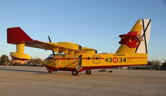Resultado de imagen de 43 Grupo del Ejercito del Aire CL-215T