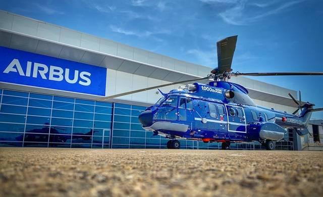 Airbus entrega su helicóptero Super Puma número mil -noticia